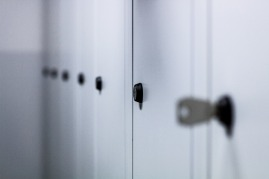 lockers-932113_1920